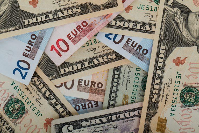 5 questions (et réponses !) sur les transferts d'argent entre la France et les US en 2020